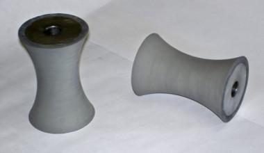 Rubber concave spools